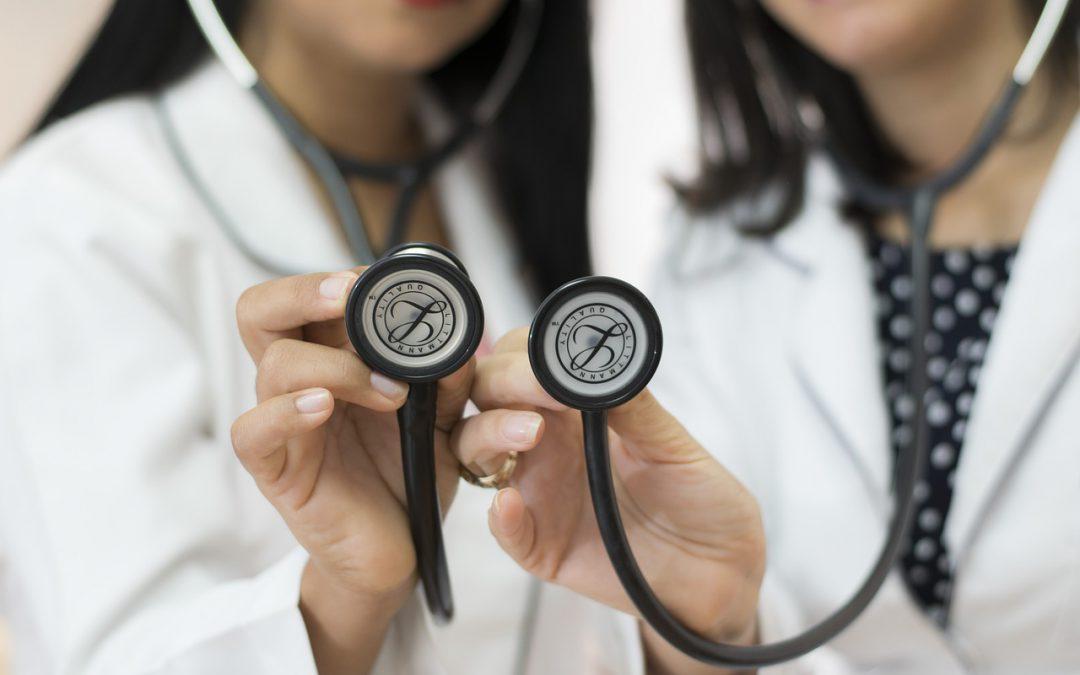 Na czym polega organizacyjny błąd medyczny?
